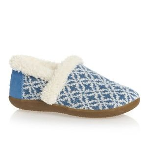 Toms Shoes - NWT Toms Youth Slippers Blue Fair sz 14